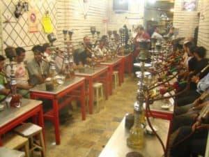 Iranban igy vizipipaznak